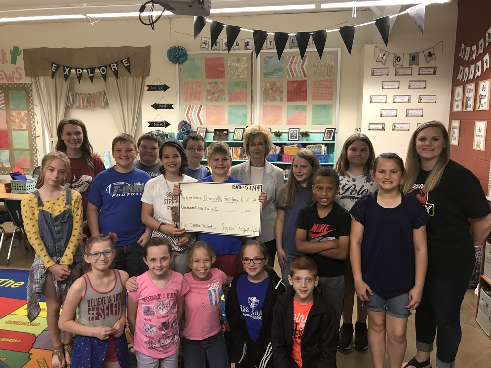 Fourth Graders Raise Money for Food Pantry